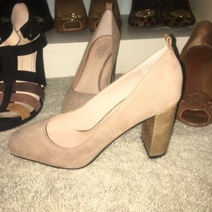 5663f439010 Franco Sarto Shoes - Franco Sarto Aziza pump